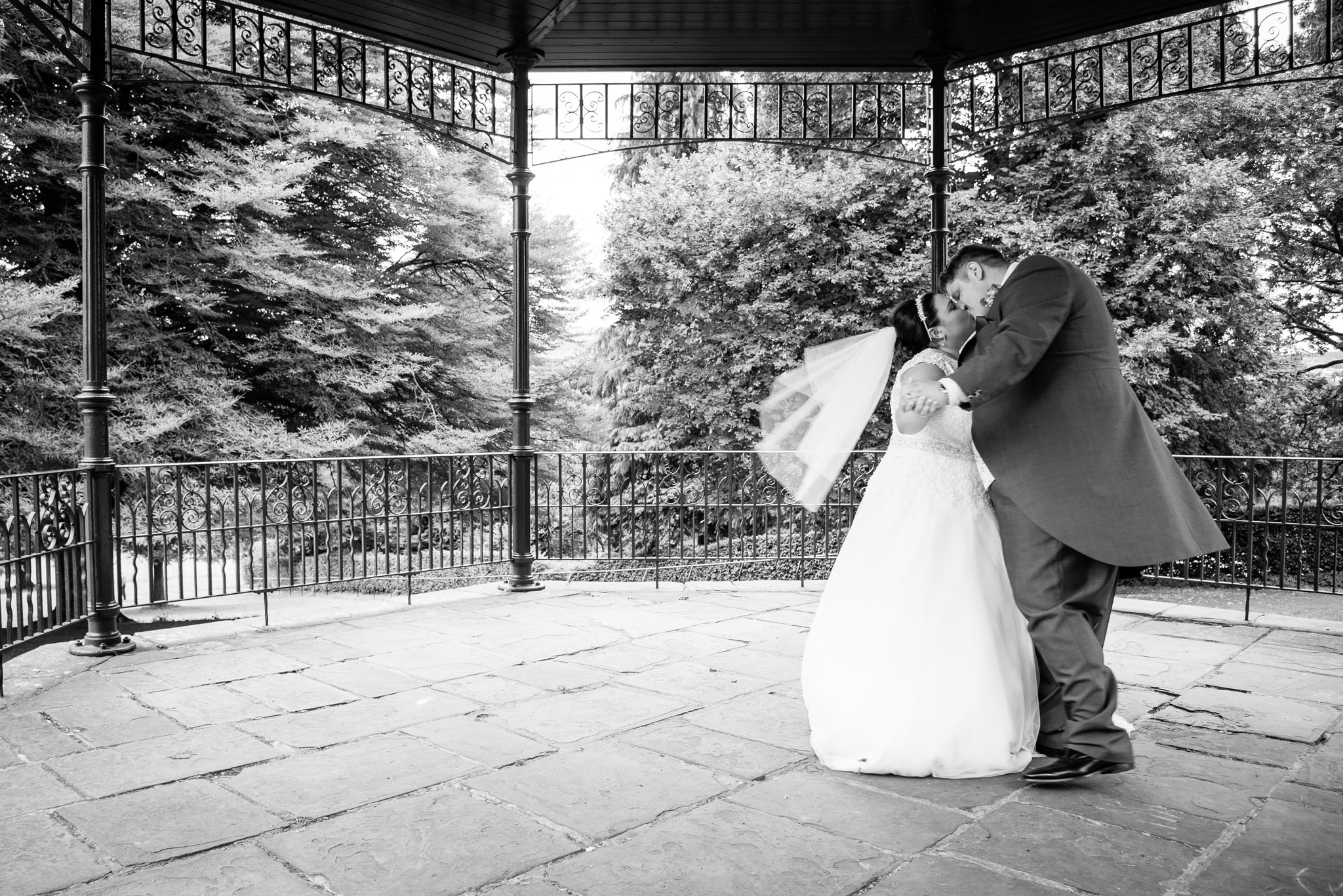 Wedding Photographer Tabernacle Church Merthyr Tydfil