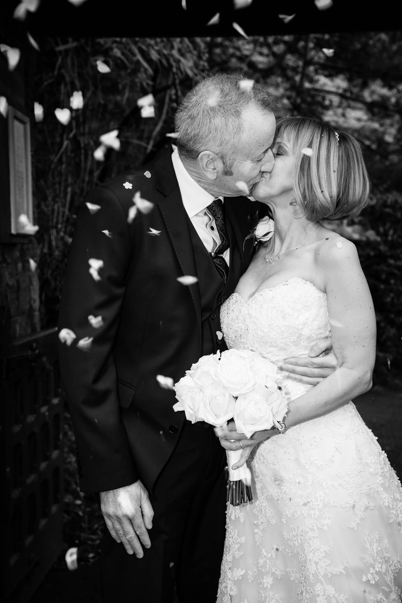 Wedding Photographer St Denys Church & Tredegar Park Golf Club